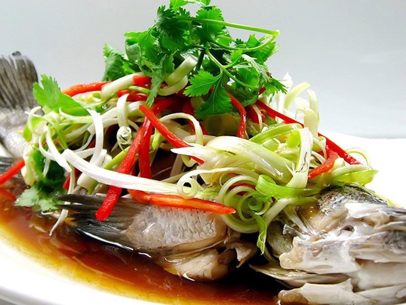 Thưởng thức những món ngon chế biến từ cá song khi đặt tiệc tại Đông Hoa Restaurant