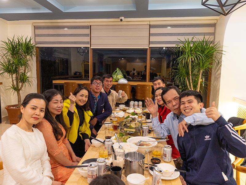 Nhà hàng tổ chức tiệc sinh nhật trọn gói tại thành phố Móng Cái